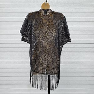 Hot Topic S blk lace skull fringe wrap w/s…